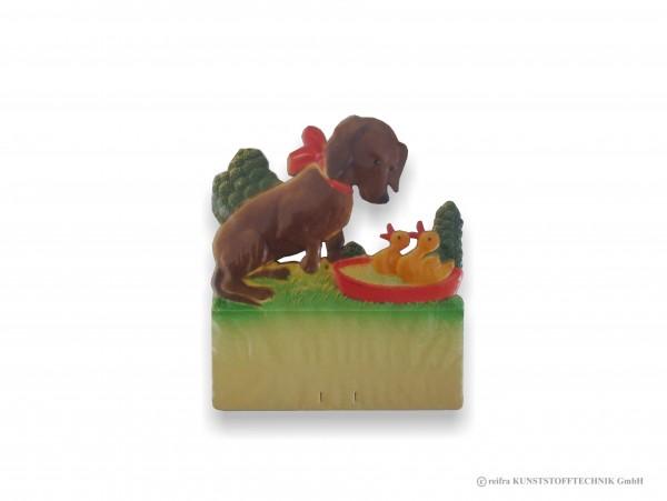 Kalenderrückwand geprägt Dackel mit Küken