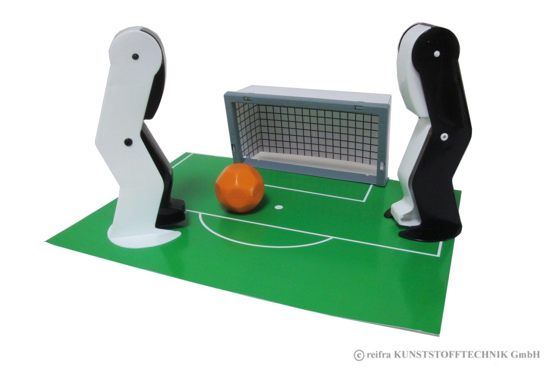 fu ballspiel spieler schwarz wei spielwaren aus eigener herstellung online shop reifra. Black Bedroom Furniture Sets. Home Design Ideas